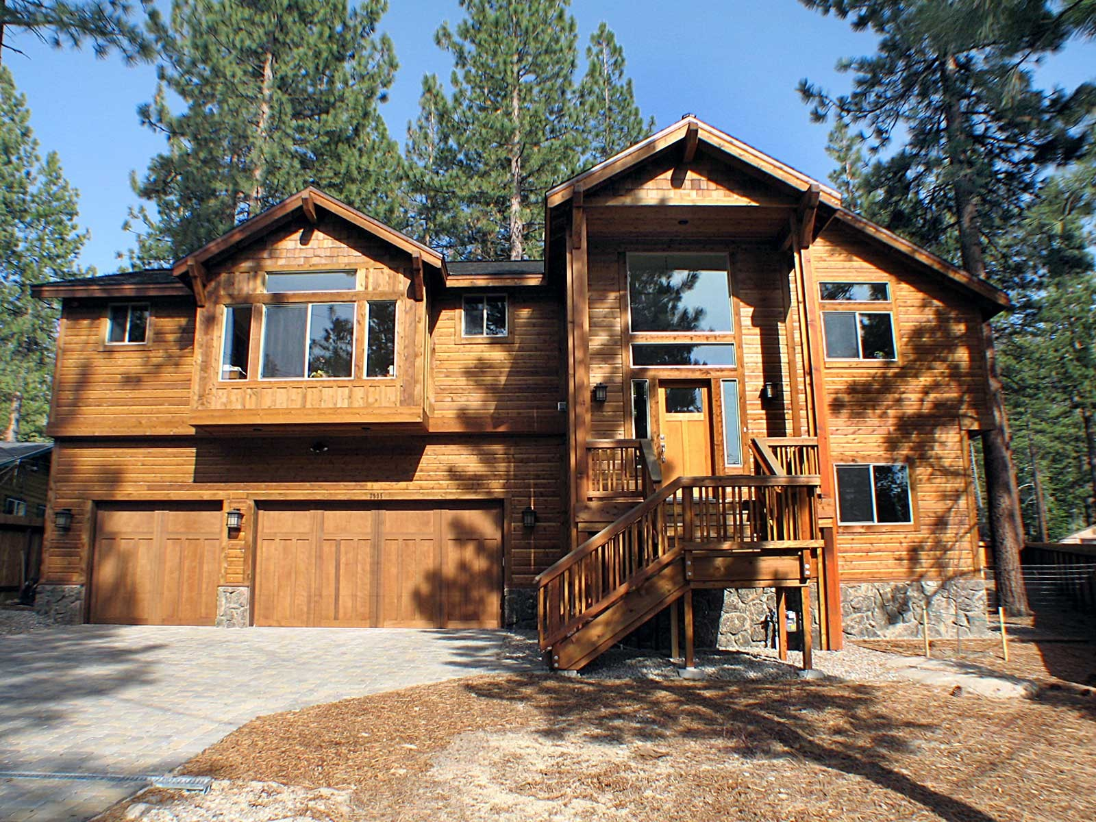 rentals with south lake birch gath tahoe l cabins living rental vacation spacious big properties for a room family sofa shape cabin